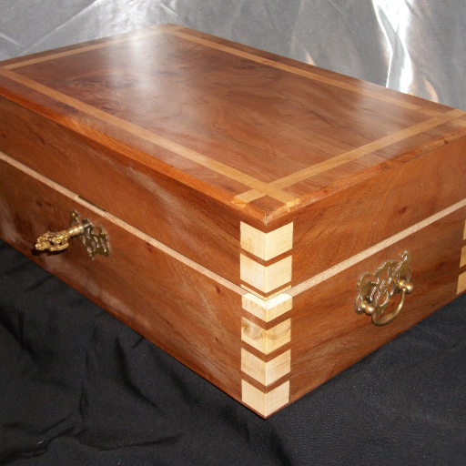 Beautiful jewellery box handmade by Wood Cave